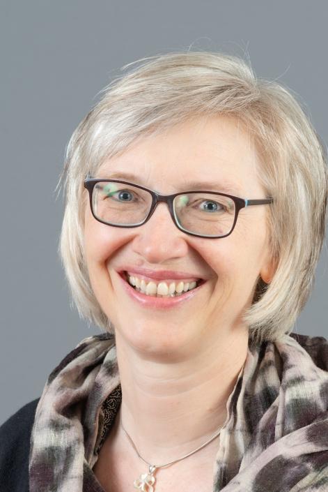 Ruf und Rat - Annedore Barbier-Piepenbrock